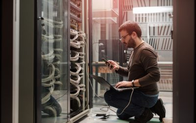 Pros and Cons Of Outsourcing Your IT Support To A Managed Services Provider